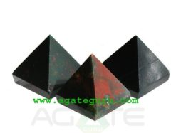 Bloodstone Crystal Pyramid : Wholesale Pyramids Khambhat Supplier