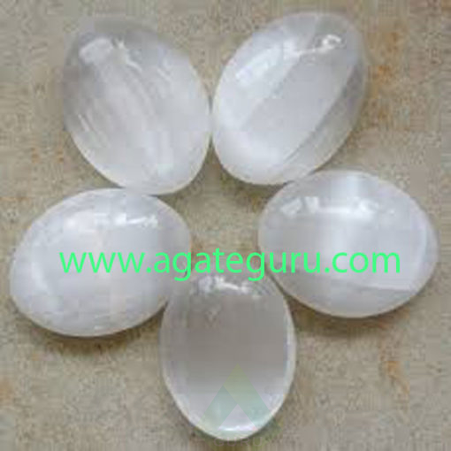Selenite-Crystal-Palm-Stone