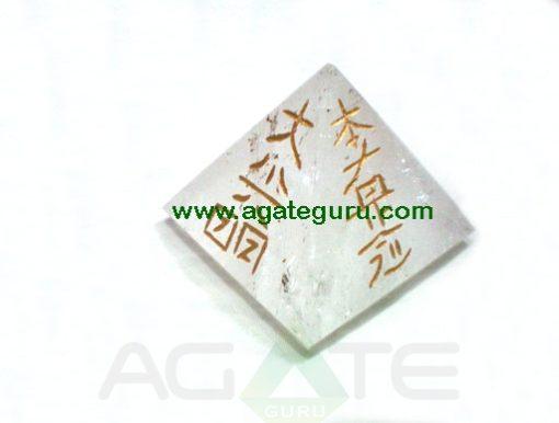 Crystal Quartz Usai Reiki big Pyramid