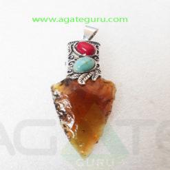 Glass-Arrowhead-Healing-Pendent
